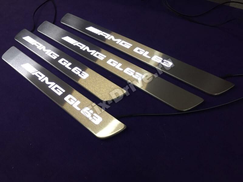 Накладки на пороги с подсветкой Mercedes-Benz GLA-Class x156 AMG
