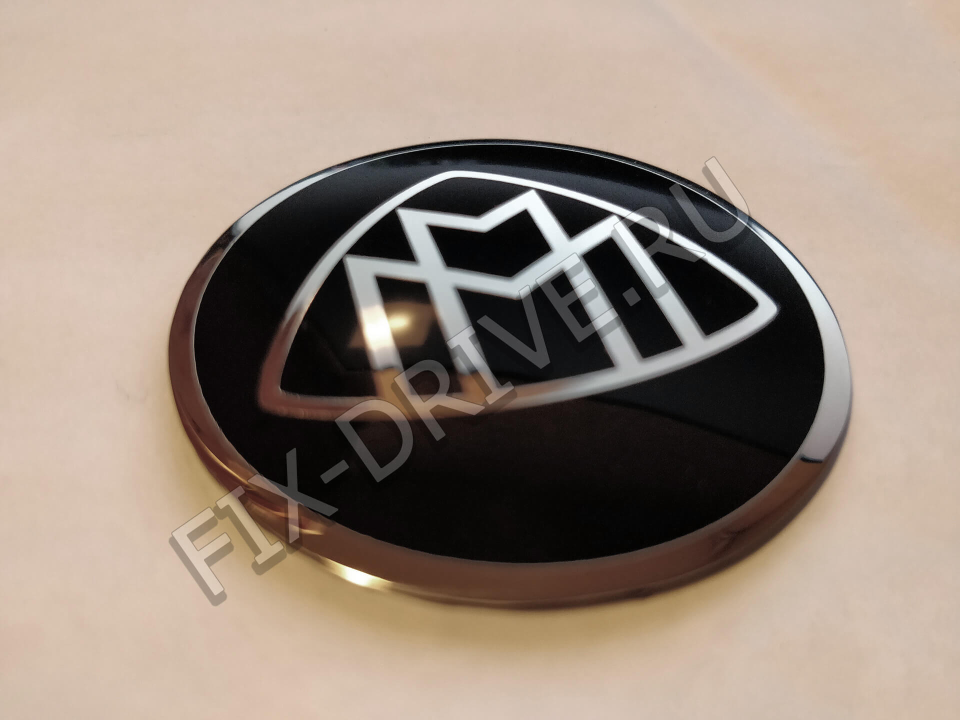 Эмблема Maybach руль капот черная
