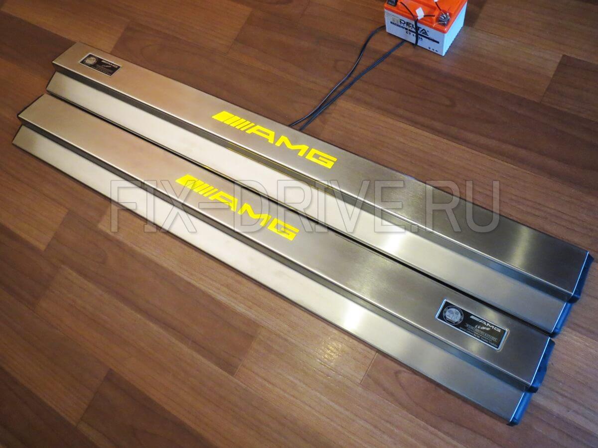Накладки на пороги с подсветкой Mercedes-Benz CL-Class c140 AMG