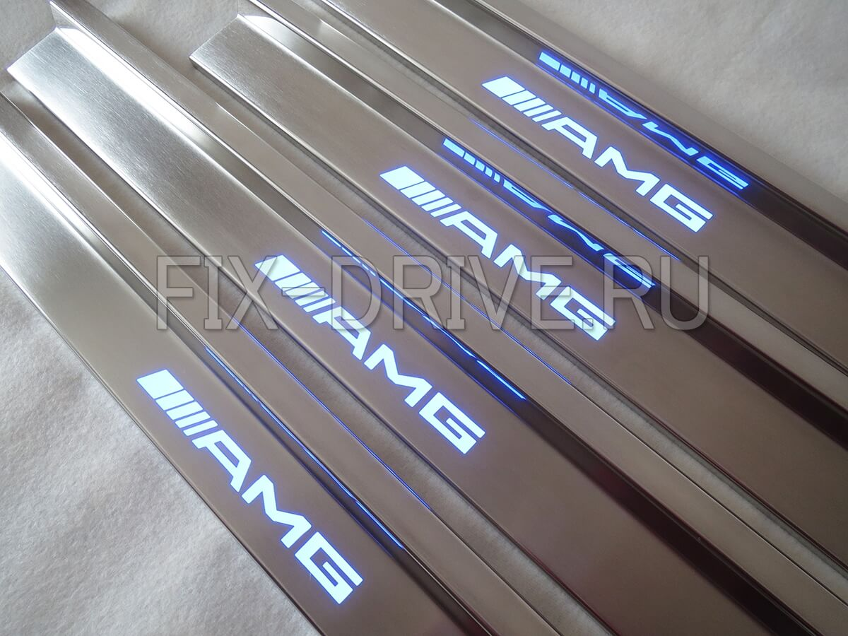 Накладки на пороги с подсветкой Mercedes-Benz E-Class w124 AMG