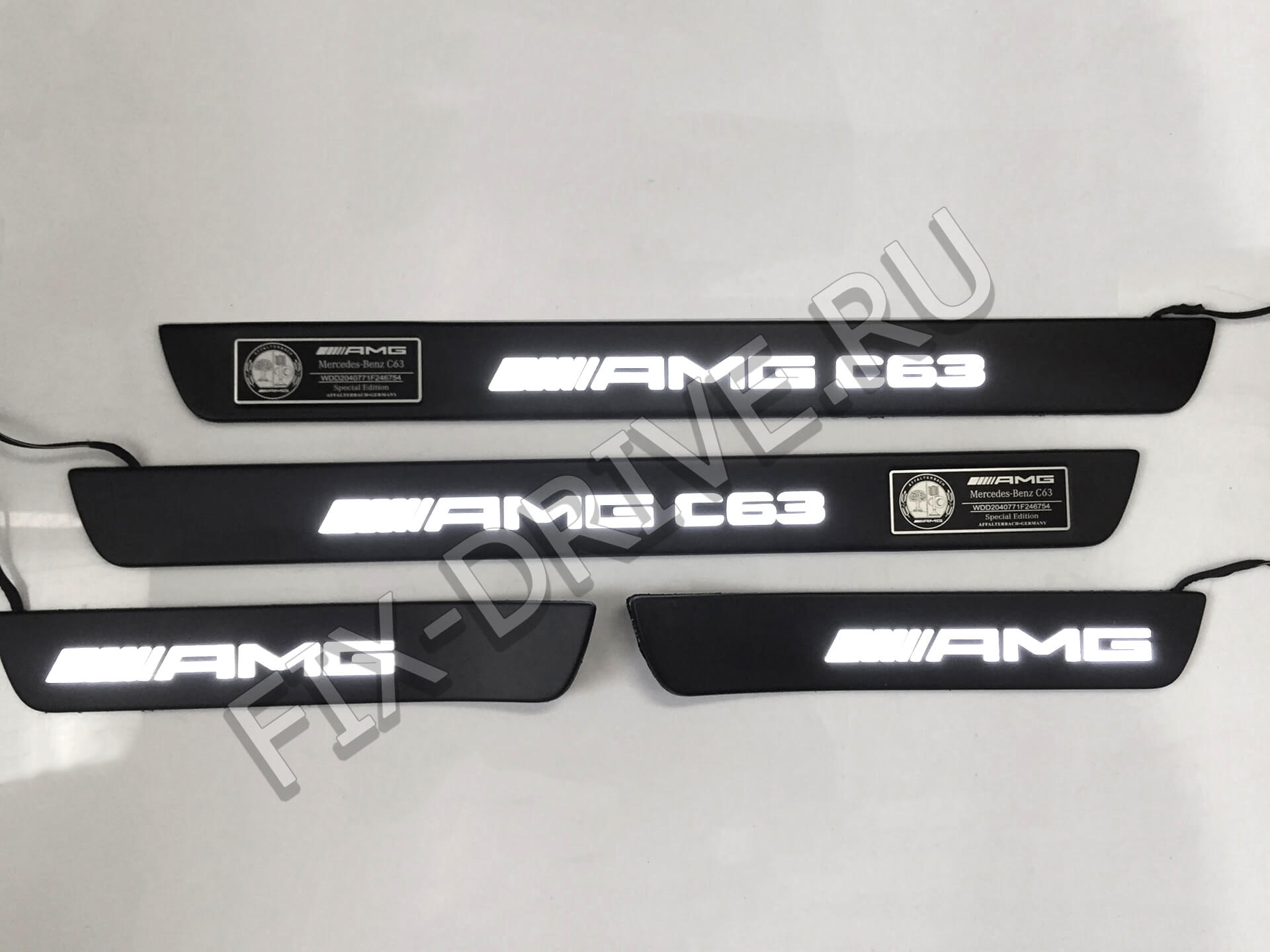 Накладки на пороги w205 43 AMG C-Class