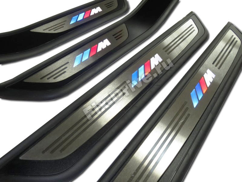 Накладки на пороги с подсветкой BMW F30