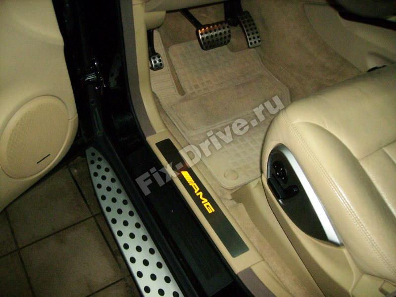 Накладки на пороги ML63 с подсветкой Mercedes-Benz M-Class w166 AMG