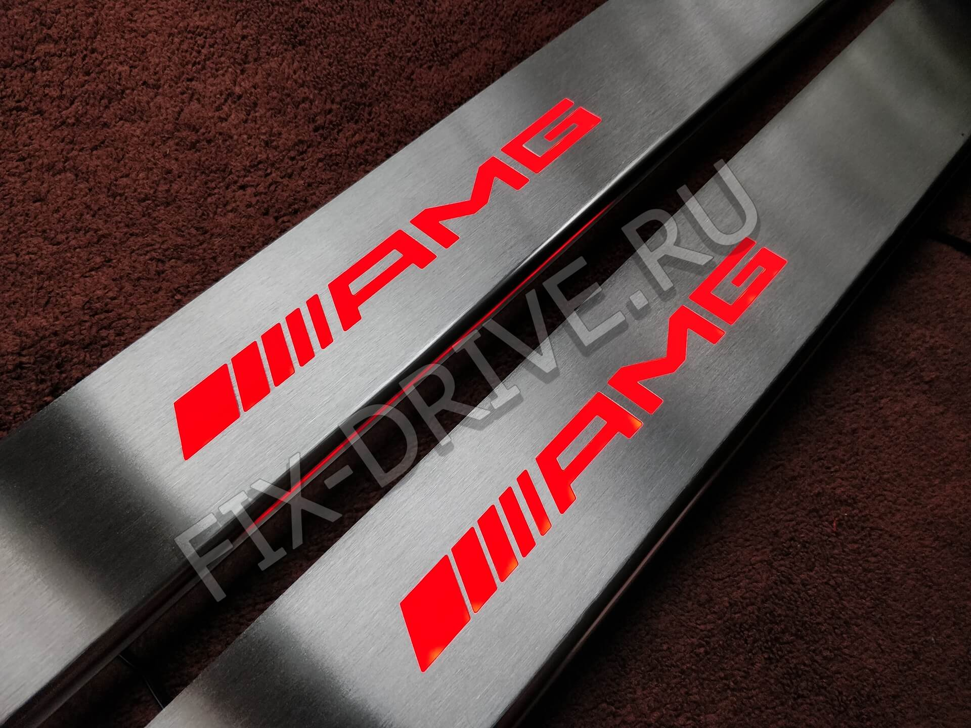 Пороги r172 AMG SLK светящиеся красные