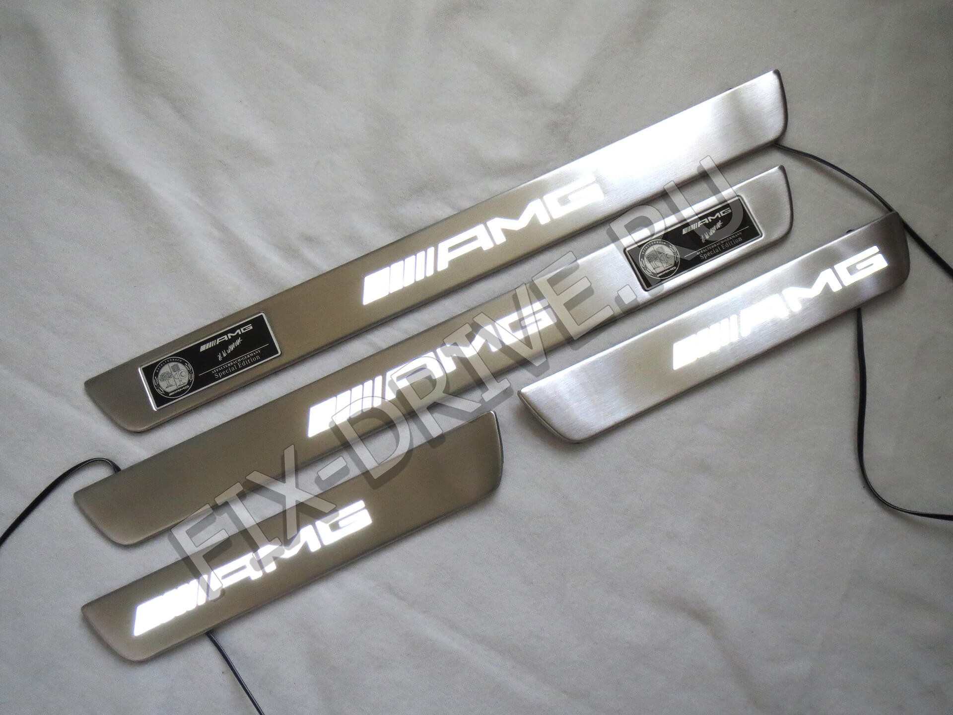 Пороги AMG w205 светящиеся C205 250 300 400