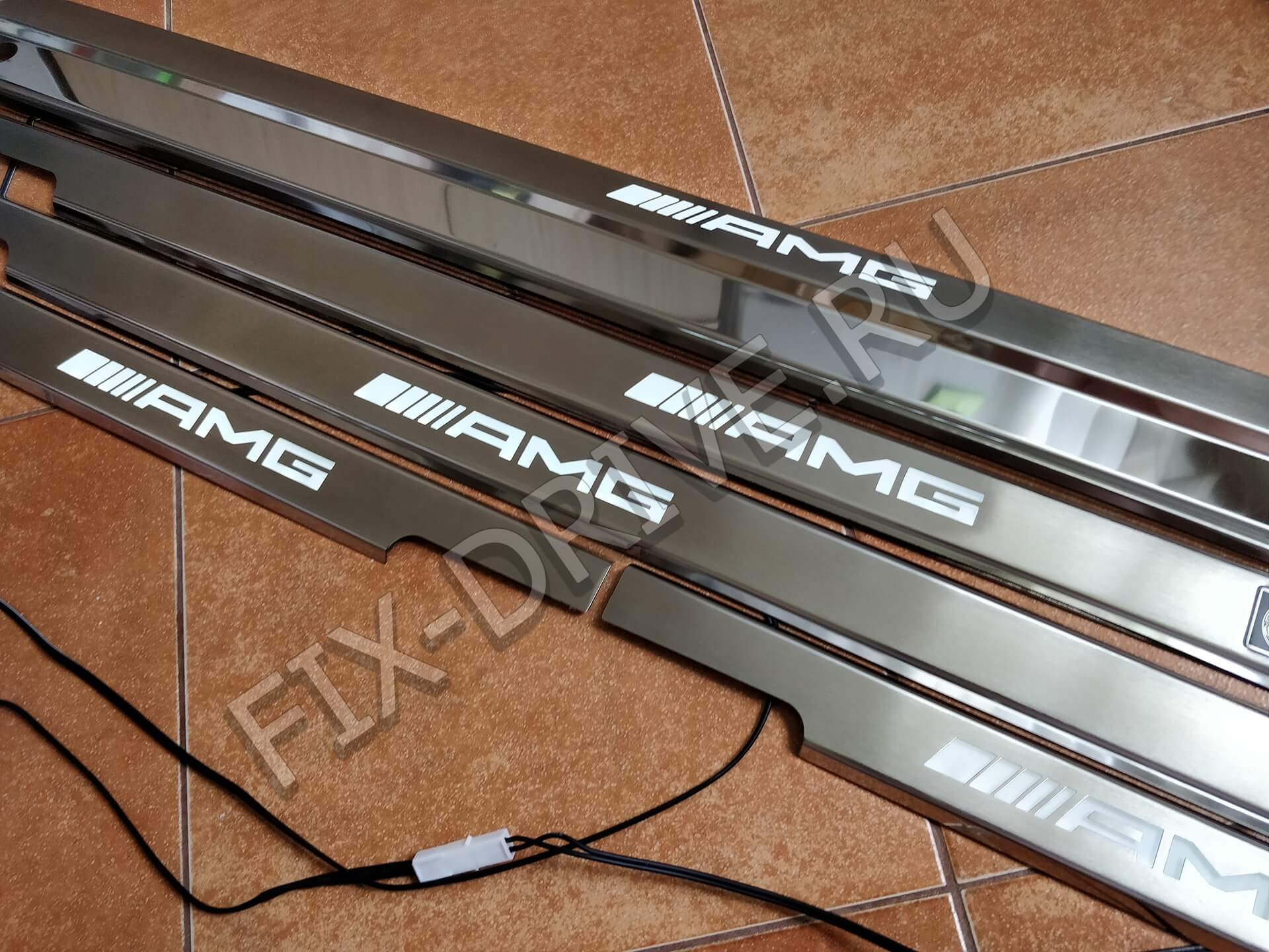 Накладки на пороги w463 G63 G65 AMG G55 4X4